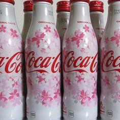 【pan4643】さんのInstagramをピンしています。 《桜デザインのコカコーラです。Coca-Cola cherry blossom design. #cocacola #coke #cocacolacollection #cokecollection #cherryblossom #sakura #japan #bottle #can #conture #pink #flowers #cool #beautiful #可口可乐 #可口可樂 #코카콜라 #コカコーラ #桜 #サクラ #さくら #缶 #花 #コーク #コカコーラコレクション #日本限定 #期間限定 #やっと買えた》