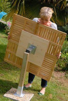 Create a garden table DIY family - diy and crafts Diy Outdoor Furniture, Garden Furniture, Diy Furniture, Table En Bois Diy, Diy Table, Diy Garden Table, Diy Jardim, Outdoor Projects, Diy Projects