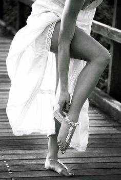 Barefoot sandals. Perfect for beach brides and bridesmaids gifts. Available now: www.foreversoles.com