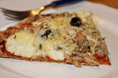 Huvilaelämää ja mökkiruokaa: Proteiinipizza eli valkoinen ja punainen munapizza