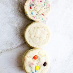 The Easiest Baked Brisket Recipe - Stuck On Sweet Cinnamon Sugar Cookies, Chewy Sugar Cookies, Raisin Cookies, Chocolate Chip Cookies, Crinkle Cookies, White Almond Cakes, Almond Cupcakes, Cream Cheese Cookies, Cookies Et Biscuits