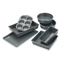 This professional bakeware set is designed for the best baking performance, combining top quality non-stick materials with commercial baking technology.