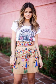 What a gorgeous skirt.