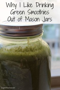 Mason jars are perfect for green smoothies! Find out 3 reasons why YOU should drink green smoothies in mason jars in this food article. Green Smoothie Recipes, Healthy Smoothies, Green Smoothies, Mason Jar Smoothie, Bug Juice, Food Articles, Special Recipes, Best Diets, Fitness Nutrition