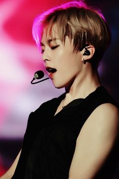 Find images and videos about kpop, exo and xiumin on We Heart It - the app to get lost in what you love. Kim Minseok Exo, Exo Xiumin, Kpop Exo, Exo K, Park Chanyeol, Exo Ot12, Btob, K Pop, Xiuchen
