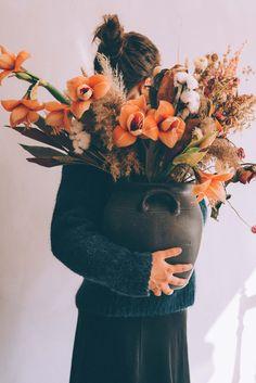 Il Linguaggio e il Significato dei Fiori {Life & Love} | Cool Chic Style Fashion Flower Centerpieces, Flower Arrangements, Gerbera, Site Design, Chicano, Floral Bouquets, Cherry Blossom, Peonies, Floral Design