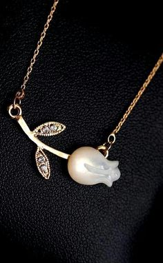 Cute Cheap Tulip short necklace - Necklaces Online Shopping Free Shipping 1089241988