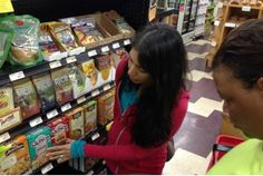 Food Babe, Vani Hari looking at #food labels.