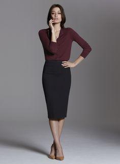 Chic Professional Woman Work Outfit. Baukjen | Skirt | High Waisted Pencil Skirt