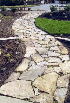 DIY flagstone patio | Flagstone patio design ideas | Flagstone patio on a budget