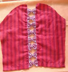 Knitting dress baby daughters 59 new ideas Kurti Sleeves Design, Kurta Neck Design, Sleeves Designs For Dresses, Blouse Neck Designs, Sleeve Designs, Churidar Neck Designs, Kurta Designs Women, Salwar Designs, Designer Blouse Patterns