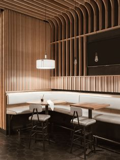Home Decoration Design Ideas Café Restaurant, Restaurant Seating, Design Commercial, Commercial Interiors, Bar Interior, Restaurant Interior Design, Brewery Interior, Japanese Restaurant Design, Bar Lounge