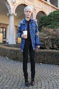 「US ELLEのディレクター、ケイト・ランフィアが大好き!彼女のブラックとデニムの着こなしは世界一カッコいいと思わない?日本でも人気があるんでしょ?」