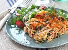 Lasagne kan varieras i det oändliga. Här är en variant med k Japchae, Cake Recipes, Good Food, Food And Drink, Pasta, Lunch, Healthy Recipes, Meals, Chicken