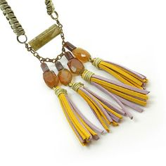 Long tassel necklace leather fringe necklace door osofreejewellery, $89.00 tassel pendankt met koord caps aan ketting