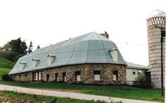 Oval stone barn Manheim, NY