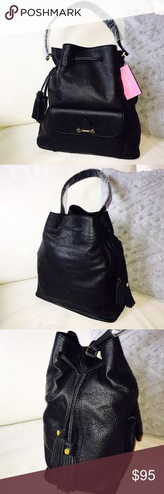"""NWT💕ISAAC MIZRAHI Tatiana Bucket Bag💕 NWT HOBO BAG Exterior Dimensions: 12.5"""" x 11.75"""" x 6.25"""" Linear Inches: 30.5"""" Strap Drop Length: 8.5"""" Weight: 1 lb, 3 oz Side drawstring closure with tassels Single shoulder strap with drop length of 8.5 inches Front features exterior flap pocket with magnetic closure Lined interior features backwall zippered pocket and two frontwall slip pockets Gold-tone hardware Protective metal feet on structured bottom Isaac Mizrahi Bags Hobos"""