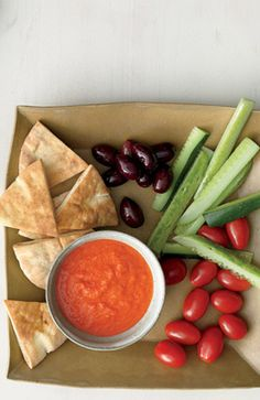 Third Trimester: Meze Platter With Roasted Pepper Dip | Fit Pregnancy