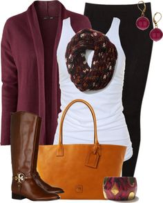 comfy cute I want this outfit -minus the purse and jewelry! And I guess I don't need to boots haha @johnmclamb