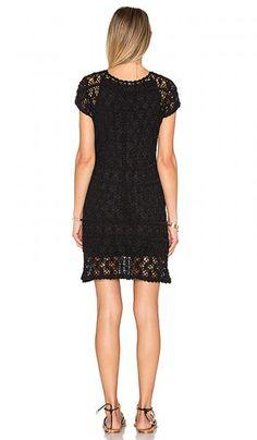 Вязаное платье со шнуровкой Anna Kosturova - Вязание крючком, Стиль от звезды - Вязание спицами и крючком