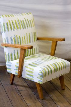 https://flic.kr/p/a4pTq5 | Little chair reupholstery - finished