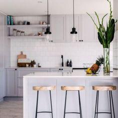 17 Stunning Small Kitchen Design Ideas | Kitchen design, Kitchen ...