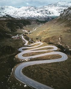 Stunning drone photos of roads by Fabian Frost - Ego - AlterEgo Beautiful Roads, Beautiful Places, Dangerous Roads, Drone Photography, Photography Ideas, Country Landscaping, Winding Road, Birds Eye View, Berg