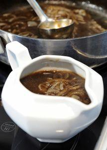 Rich Onion Gravy Recipe