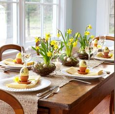 Easter breakfast table decorating, Easter table setting