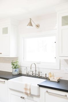 Kitchen Lighting Remodel - Take a photo tour through this Ranch inspired home in Southern California! Budget Kitchen Remodel, Kitchen On A Budget, Studio Mcgee, Kitchen Styling, Kitchen Decor, Kitchen Ideas, Kitchen Updates, Kitchen Inspiration, Kitchen Designs