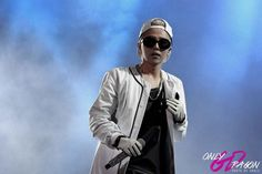 GD at F1 Night Race Singapore (cr on pic)#127