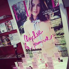 """CND Vinylux votato dalle donne agli ELLE Beauty Awards 2014 perché """"Dura davvero una settimana senza scheggiarsi. Il Top Coat è formulato in modo che più le unghie sono esposte alla luce più lo smalto si rinforza"""""""