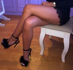 Leg Fanatic - for the lover of sexy women's legs   		  		 // ashleyjaymami:   A$HLEY