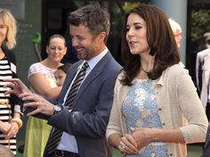 Crown Prince Frederik and Mary in Australia: Twin Registry visit 10/26/13