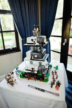 Lego base: Spectacularly Nerdy Wedding Cakes