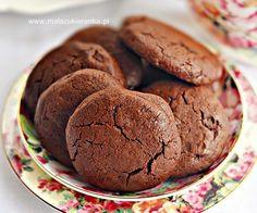 Ciastka podwójnie czekoladowe - Kuchnia - WP.PL Cannoli, Special Recipes, Truffles, Cookie Recipes, Food And Drink, Sweets, Dishes, Cookies, Healthy