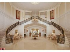 Spelling mansion entryway... yes please!