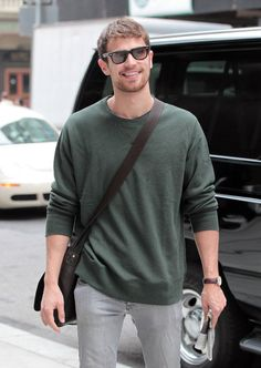 """Theo James Photos: Theo James Heads To Set Of """"Golden Boy"""""""