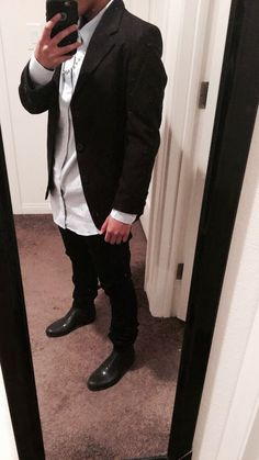 Party outfit #chelseaboots #men #rainboots #blazer #outfit #black #semi