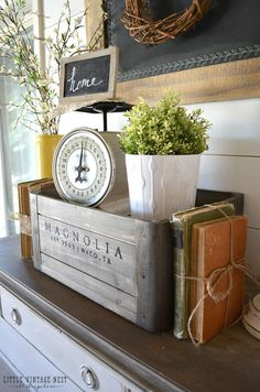 5 Ways to Style a Wooden Crate Farmhouse Vignette.