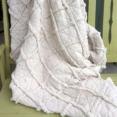 Simple Ragged Homespun Quilt Throw Free Tutorial Pattern from Jubilee Fabric.