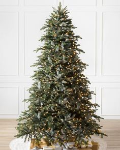 Inspired by its popularity, our designers replicated every detail using our True Needle™ foliage, and improved it further with easy to set-up Flip Tree™ technology.