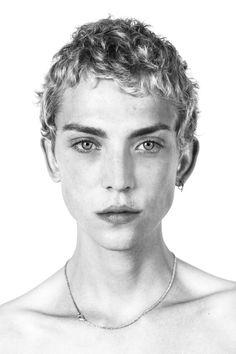 Jelle Haen - M Management Portraits for S/S 17 Paris Men's castings (Portrait) Face Men, Male Face, Pretty People, Beautiful People, Face Reference, Drawing Reference, Unique Faces, Aesthetic People, Nadja Auermann