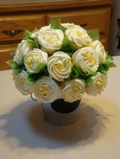Lemon Cupcake Bouquet
