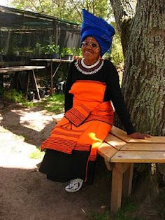 Maundering mutterer: January 2011 Xhosa, Queens, January, King, Culture, Traditional, Woman, People, How To Wear