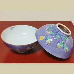 BESTJAPAN | Kiyomizu-Yaki Gohancyawan /rice bowl /Murasaki shikibu(Pair) Elegant shapes, graceful design, and pure, intense colors – these are the qualities that have drawn generation after generation to Kyoto's Kiyomizu yaki ceramic ware. Rice Bowls, Kyoto, Serving Bowls, Decorative Bowls, Shapes, Ceramics, Pure Products, Traditional, Elegant