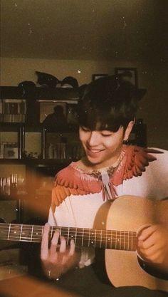 I can hear him Kim Hanbin Ikon, Ikon Member, Koo Jun Hoe, Ikon Wallpaper, Korean Products, Best Friend Photos, My Boo, Yg Entertainment