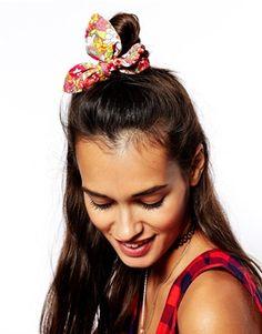 ASOS £4 Vintage Print Hair Scrunchie #accessories