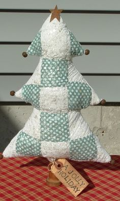 Cutter Quilt Tree - original design by Linda Ciotoli, Classic Threads