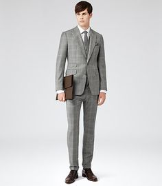 Reiss Calvert Three Piece Suit with Peak Lapel